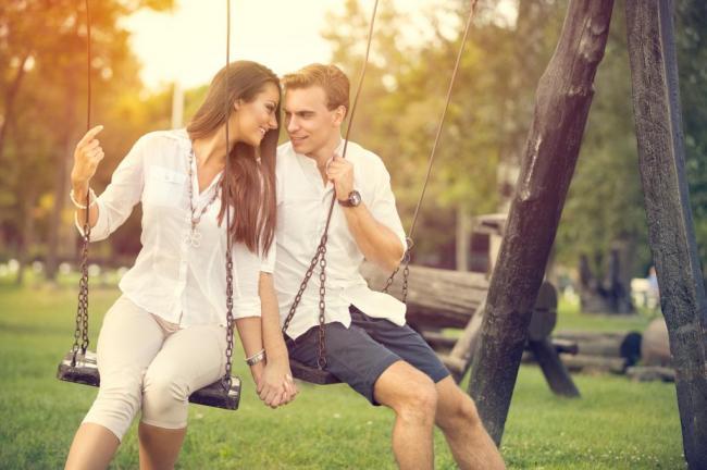Ako dlho pred datovania sa stane vzťah