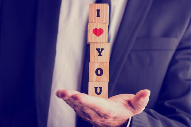 Zatiaľ čo datovania, keď hovoríte, Milujem ťa
